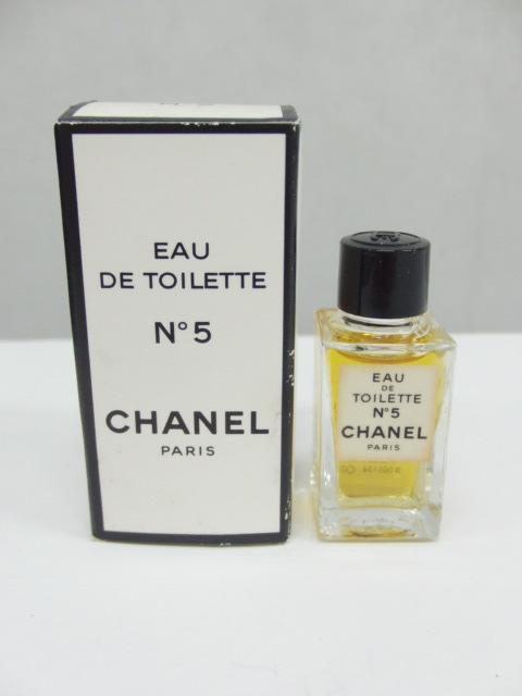 香水★シャネル CHANEL No.5 No.19 オードトワレ EDT 19ml2本+4.5ml2本 計4点セット まとめて_画像4