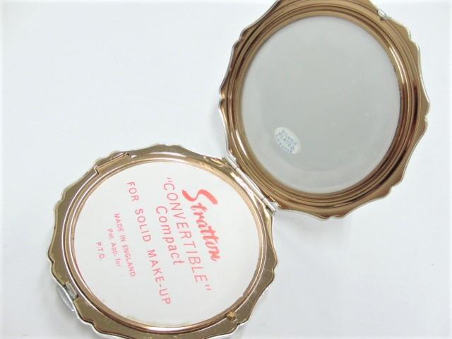 ストラットン Stratton コンパクト ミラー 手鏡 コスメ シルバー色 アラベスク模様_画像4