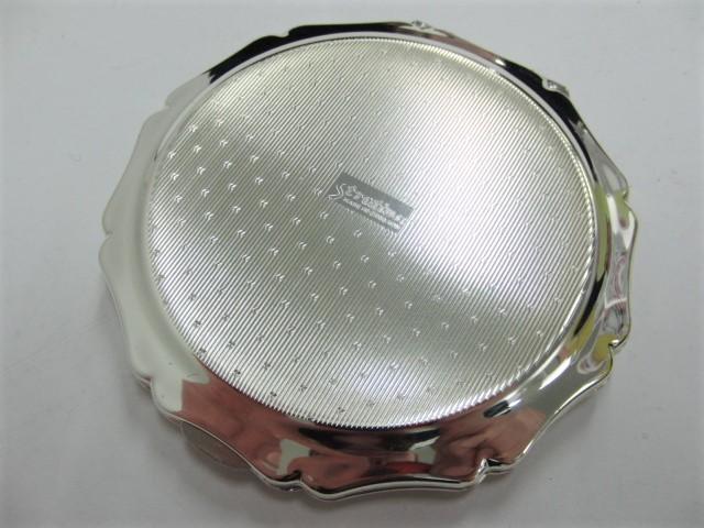 ストラットン Stratton コンパクト ミラー 手鏡 コスメ シルバー色 アラベスク模様_画像3