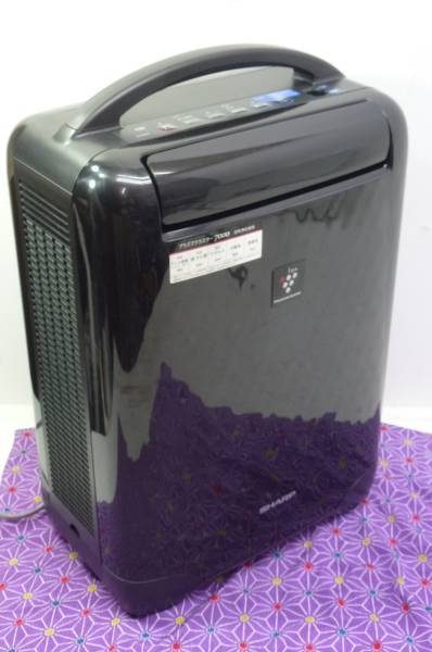 美品●SHARP/シャープ CV-B100 ブラック 冷風 脱臭 乾燥除湿機 プラズマクラスター7000搭載 コンビニクーラー