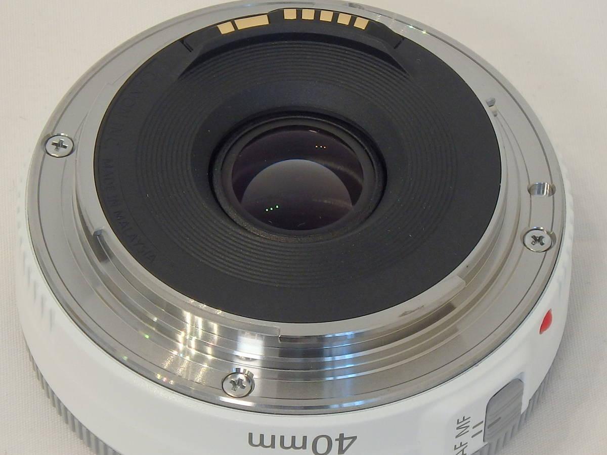 ☆ 白 Canon EF 40mm F2.8 STM White ホワイト キレイ すべてのEOSで使える「フルサイズ用レンズ」 限定バージョン Kiss M X7 X9 X10 白 ☆_画像3