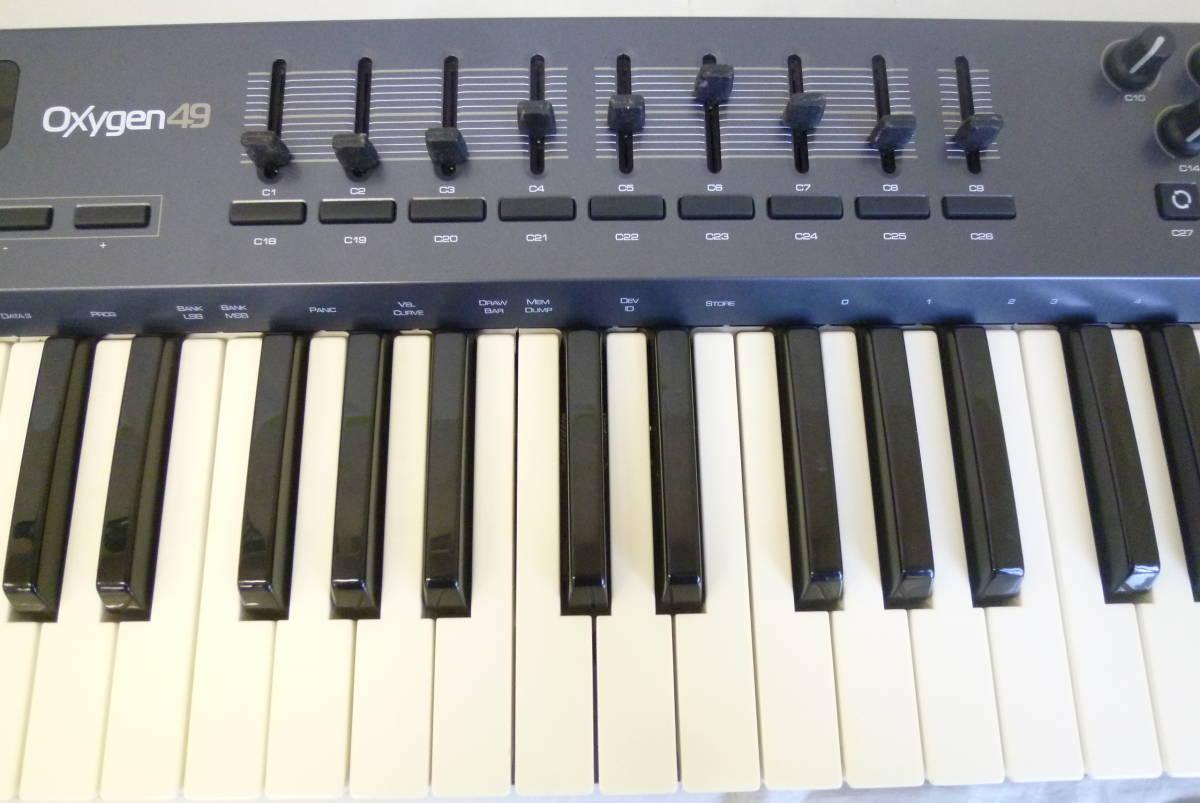 MIDI контроллер клавиатуры ROLAND M AUDIO 49  USB  MIDI  OXYGEN49 MIDI Y2019061403