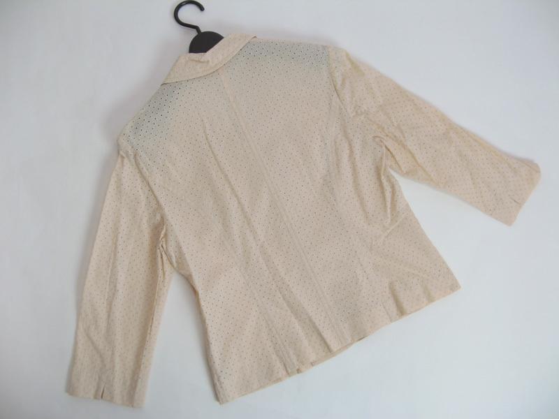 クレージュ courreges 透かし生地七分袖テーラージャケット(11R)サーモンベージュ 上品 大人カジュアル_画像2