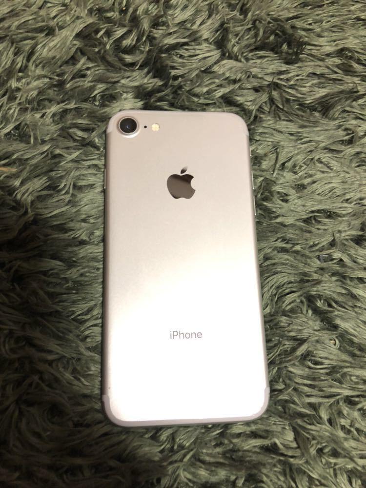 iPhone7 128GB ドコモ SIMロック解除済 バッテリー交換済 利用判定○_画像2