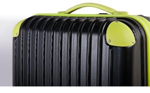 キャリーバッグ Mサイズ スーツケース トラベルハウス 4泊~7泊用 中型 Travelhouse TSAロック搭載(ローズ×ブラック)新品同様_画像2