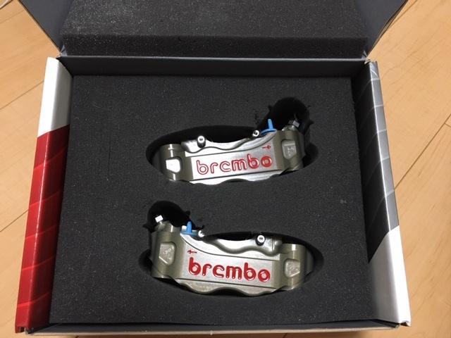 正規品 未使用 brembo ブレンボ キャリパ- CNC 220A01610 左右SET 108㎜ 定価150000- GSX-R CBR YZF-R1 ZX-10R _画像5