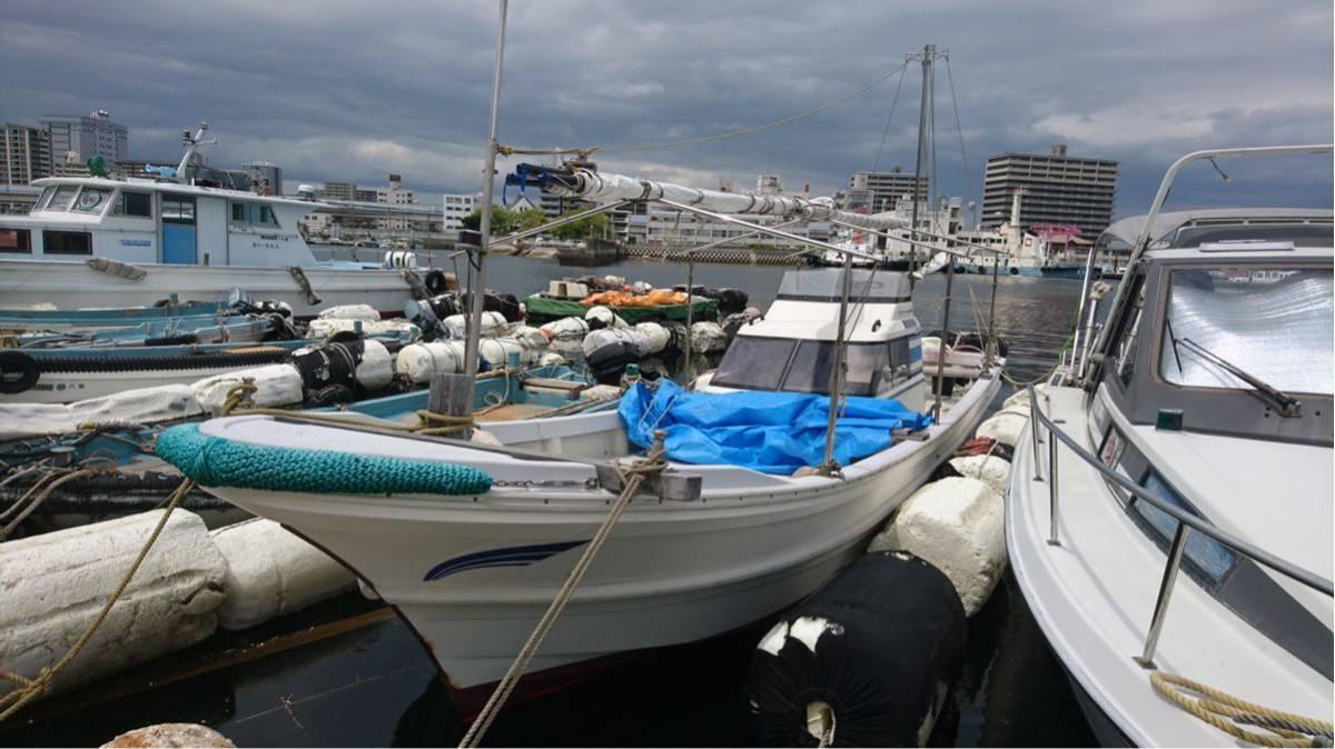 ヤマハ30フィート[和船]YD30 シャフト船 スパンカー付 100馬力_画像2