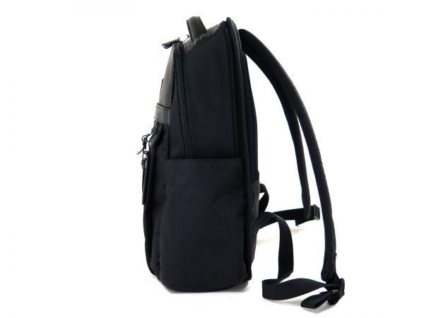 TUMI トゥミ 69787 カーボン×ナイロン Clayton Backpack ビジネス リュックサック バックパック PC収納可能 黒 ブラック BLACK / 513_画像4