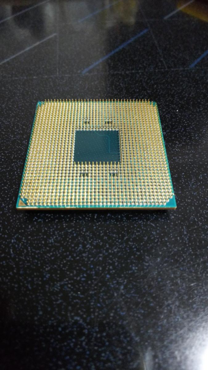 AMD Ryzen 7 2700X ソケット AM4 ジャンク_画像4