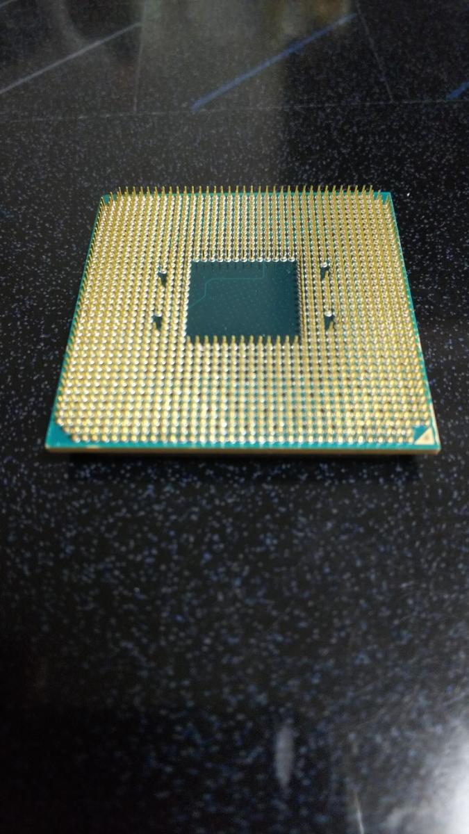 AMD Ryzen 7 2700X ソケット AM4 ジャンク_画像3