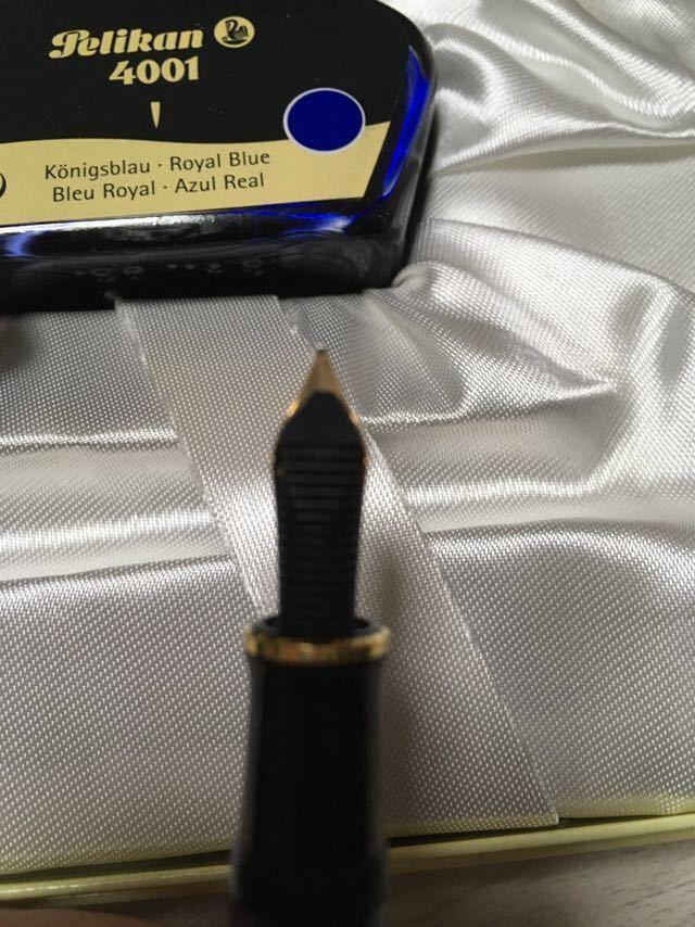 【新品未使用】ペリカン スーベレーン M400 細字 F 青縞 インク付き 万年筆_画像4
