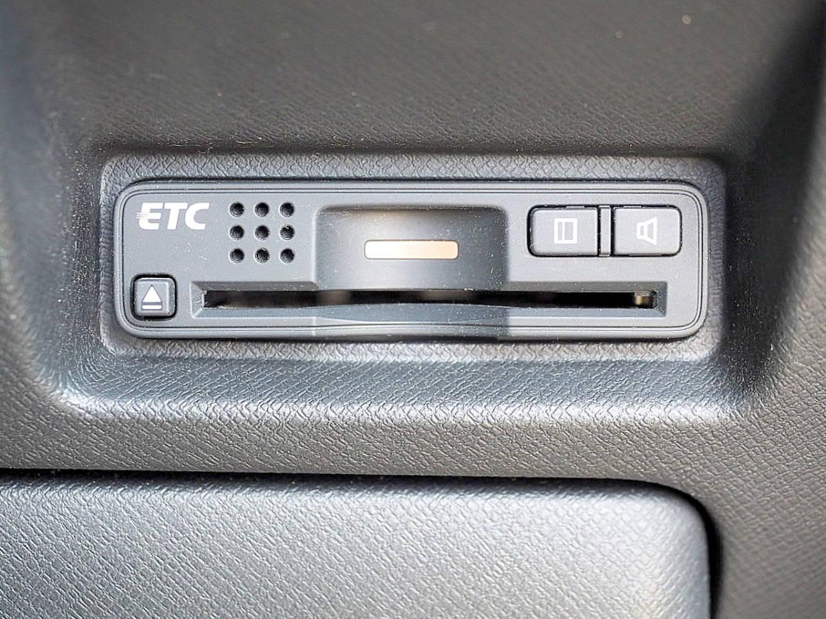 RK5型 21年 ステップワゴンスパーダ Z HDDナビ TV マルチビューカメラ ETC 両側パワースライド エアロ HID スマートキー 車検令和2年11月_画像8