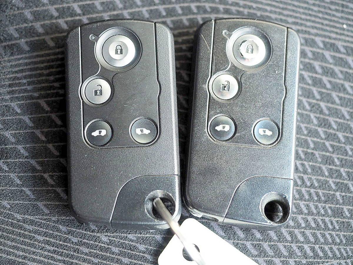 RK5型 21年 ステップワゴンスパーダ Z HDDナビ TV マルチビューカメラ ETC 両側パワースライド エアロ HID スマートキー 車検令和2年11月_画像10