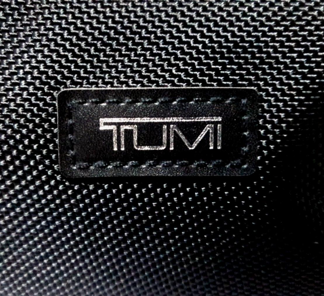 即決 新品 未使用 DELTA × TUMI アメニティ ポーチ ブラック 黒 非売品 トゥミ バッグ デルタ DELTA_画像3