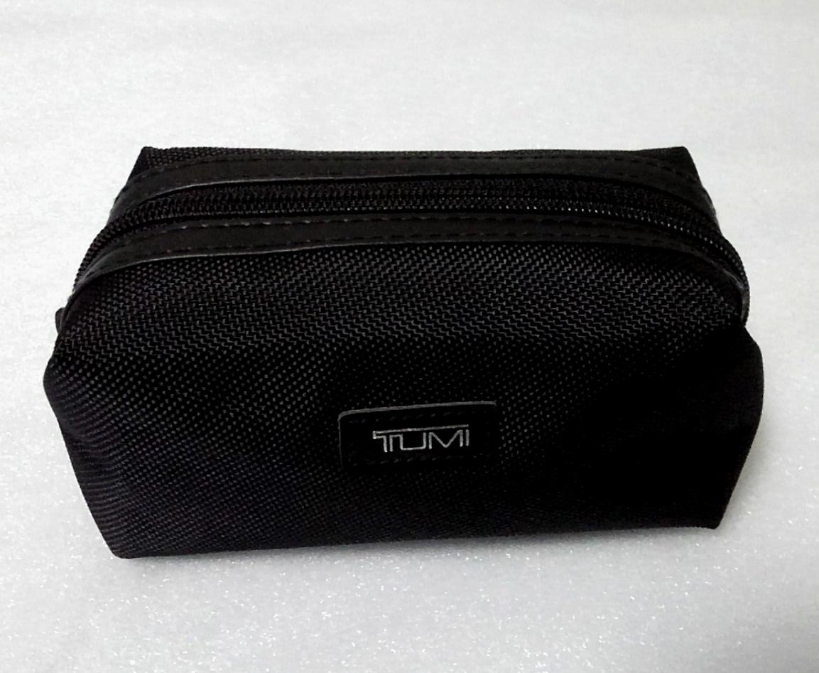 即決 新品 未使用 DELTA × TUMI アメニティ ポーチ ブラック 黒 非売品 トゥミ バッグ デルタ DELTA_画像5