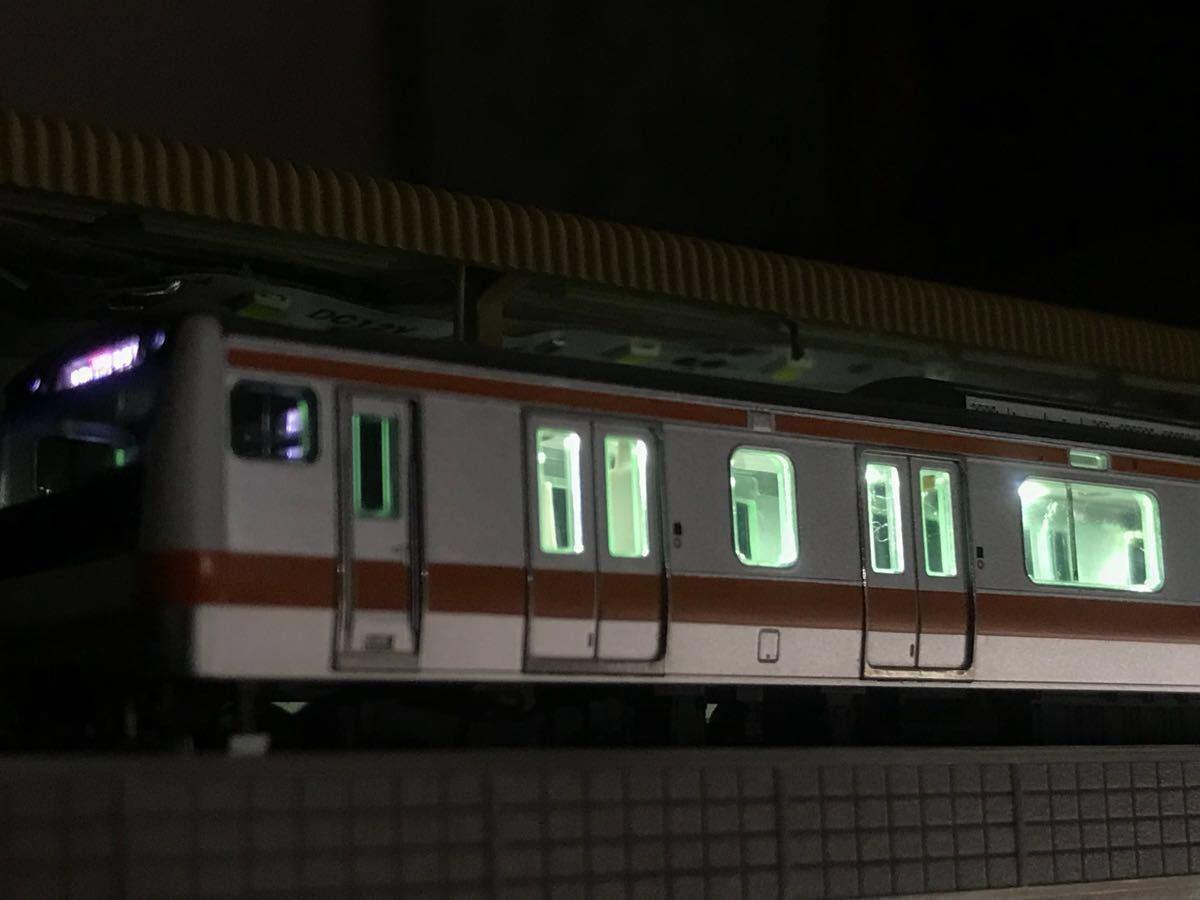 取り付け例(E233系)