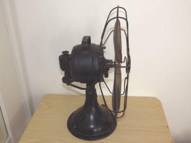 ◆戦前 芝浦電気(東芝) 扇風機 真鍮4枚羽根30cm 2031 重量7.2kg 鉄製ボディ◆ジャンク_画像3