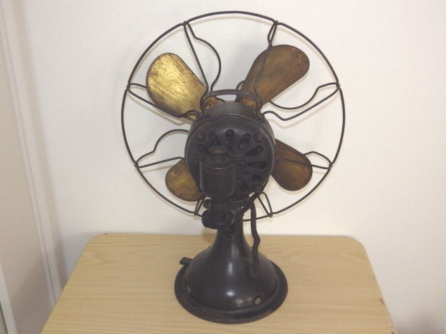◆戦前 芝浦電気(東芝) 扇風機 真鍮4枚羽根30cm 2031 重量7.2kg 鉄製ボディ◆ジャンク_画像4