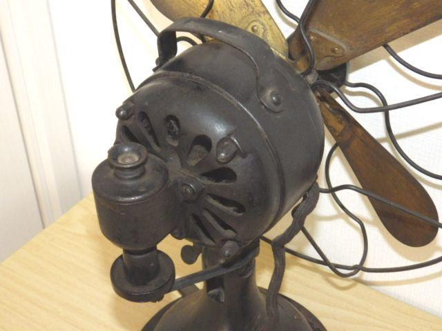 ◆戦前 芝浦電気(東芝) 扇風機 真鍮4枚羽根30cm 2031 重量7.2kg 鉄製ボディ◆ジャンク_画像5