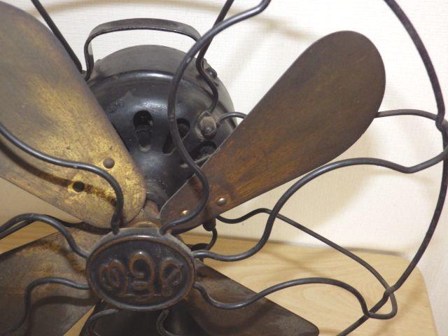 ◆戦前 芝浦電気(東芝) 扇風機 真鍮4枚羽根30cm 2031 重量7.2kg 鉄製ボディ◆ジャンク_画像7