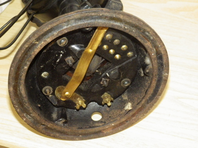 ◆戦前 芝浦電気(東芝) 扇風機 真鍮4枚羽根30cm 2031 重量7.2kg 鉄製ボディ◆ジャンク_画像10
