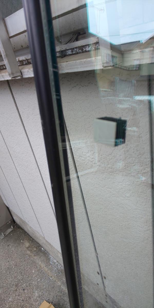 AGC特注 強化ペアガラス 厚さ10mm 1731×776 1枚_画像3