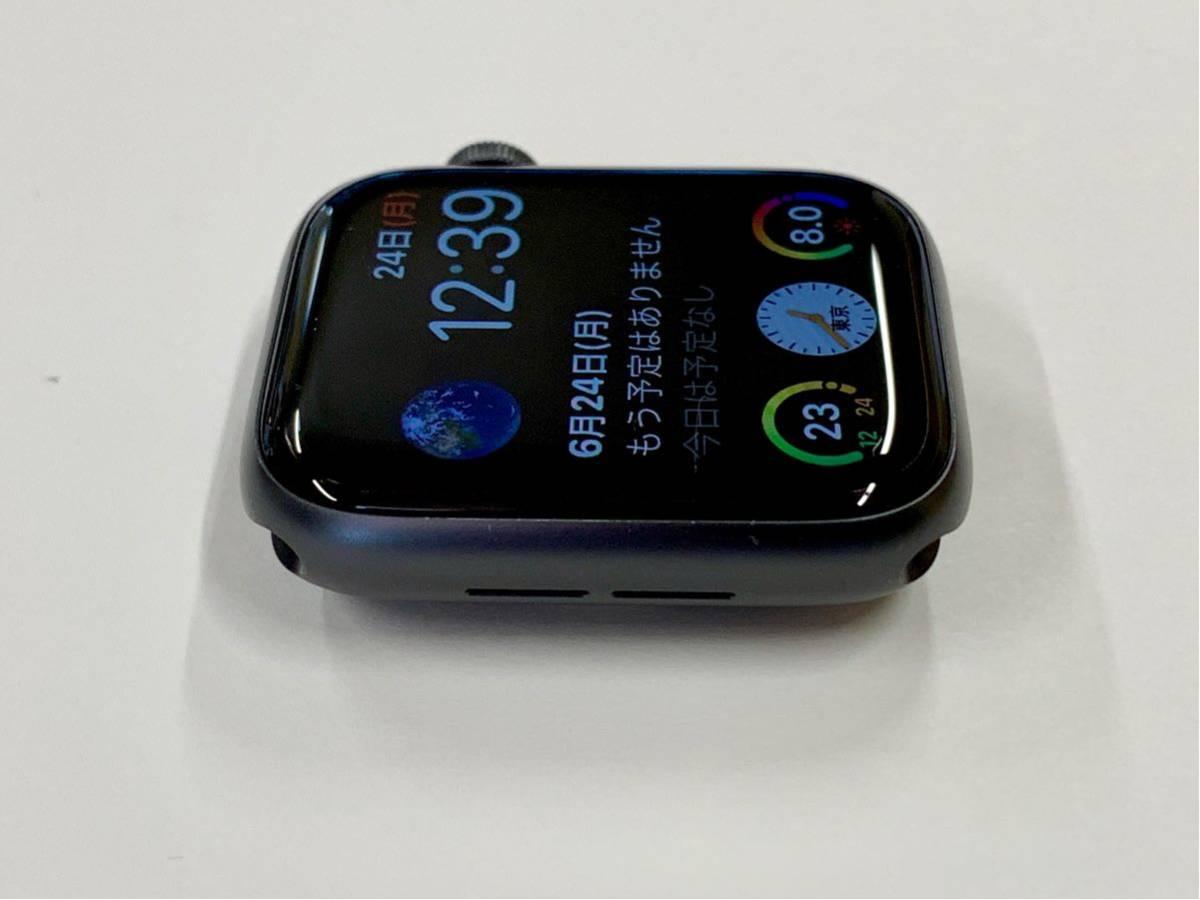 【美品】 Apple watch 44mm GPSモデル Series4 スペースグレイ アルミニウム アップルウォッチ スポーツループ 純正 Applewatch 送料無料_画像3