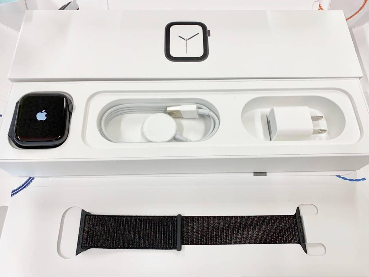 【美品】 Apple watch 44mm GPSモデル Series4 スペースグレイ アルミニウム アップルウォッチ スポーツループ 純正 Applewatch 送料無料