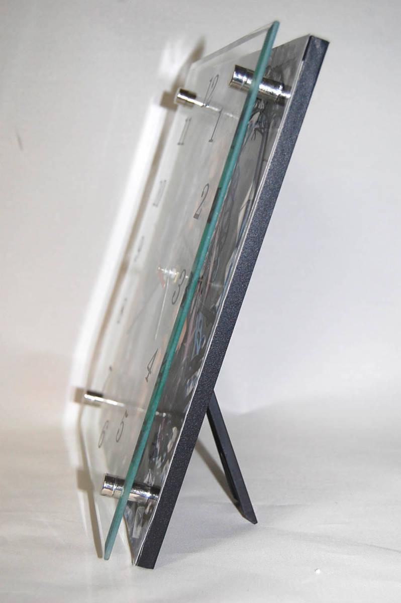 15新品●T904★冴えない彼女の育てかた★ ガラス製 置/掛 時計 20×25cm _画像2
