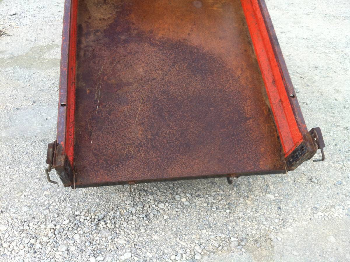 コンマキャリア中古実働品運搬車 油圧式 ダンプ_画像5