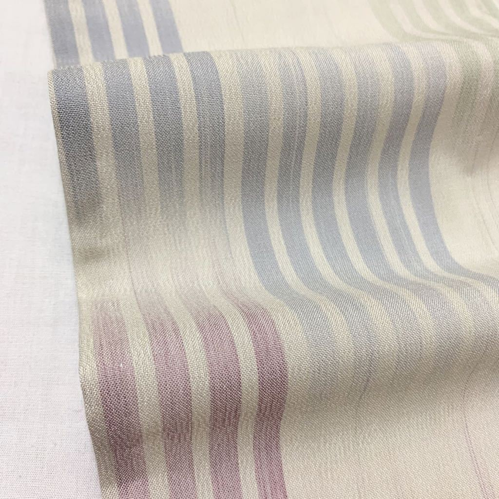 逸品 渡源織物 紅彩の絣 淡香 爽やかなお色味の紗紬 未使用品 正絹 居敷当て付き 夏着物_画像8