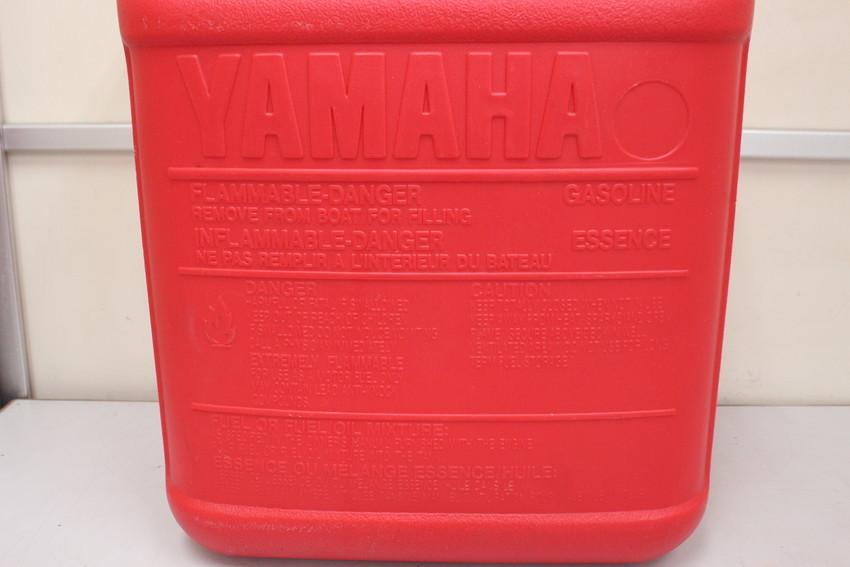 YAMAHA yamaha ヤマハ船外機用 ポータブル プラスチック 樹脂製 燃料タンク 約24L 中古品_画像3