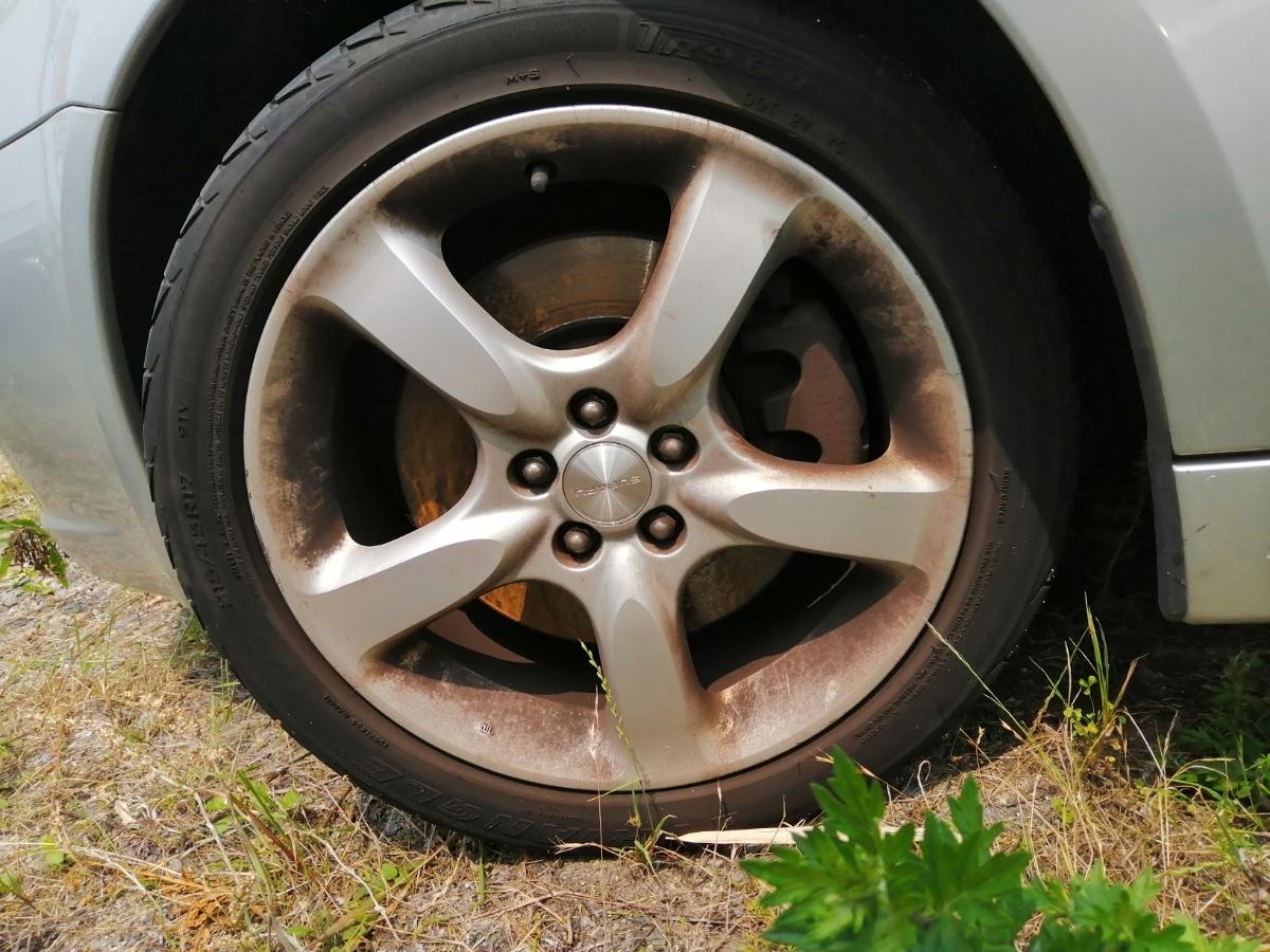 スバル 215/45/17 2.0GTターボ レガシィツーリングワゴンBP5 17年式に使用していた純正17インチアルミホイール4本のタイヤセットです。_画像4