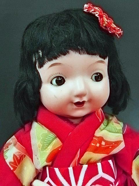 大きな三越ドール 赤い着物の目が左右に振れる女の子 /フラーティアイ ビスクドール_画像3