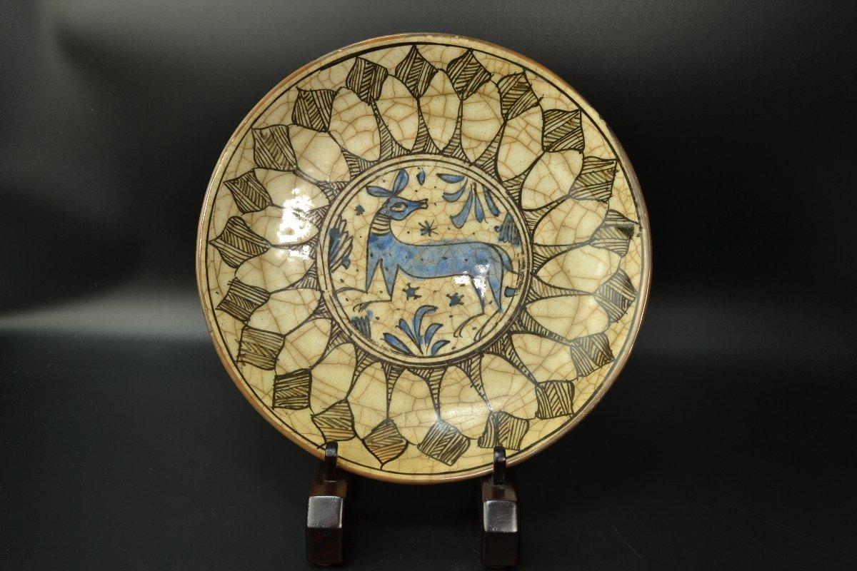 【 ペルシャ陶器 イラン 動物図皿 18世紀頃 】