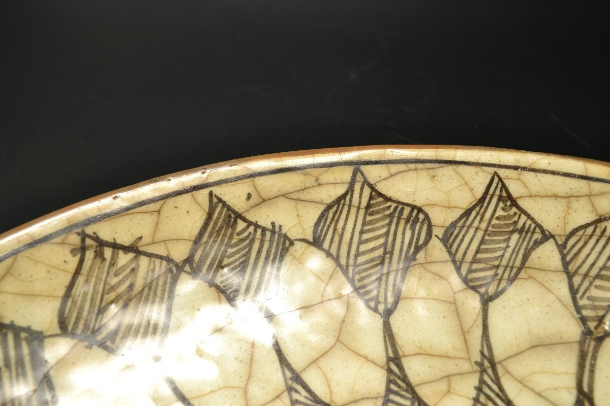 【 ペルシャ陶器 イラン 動物図皿 18世紀頃 】_画像9