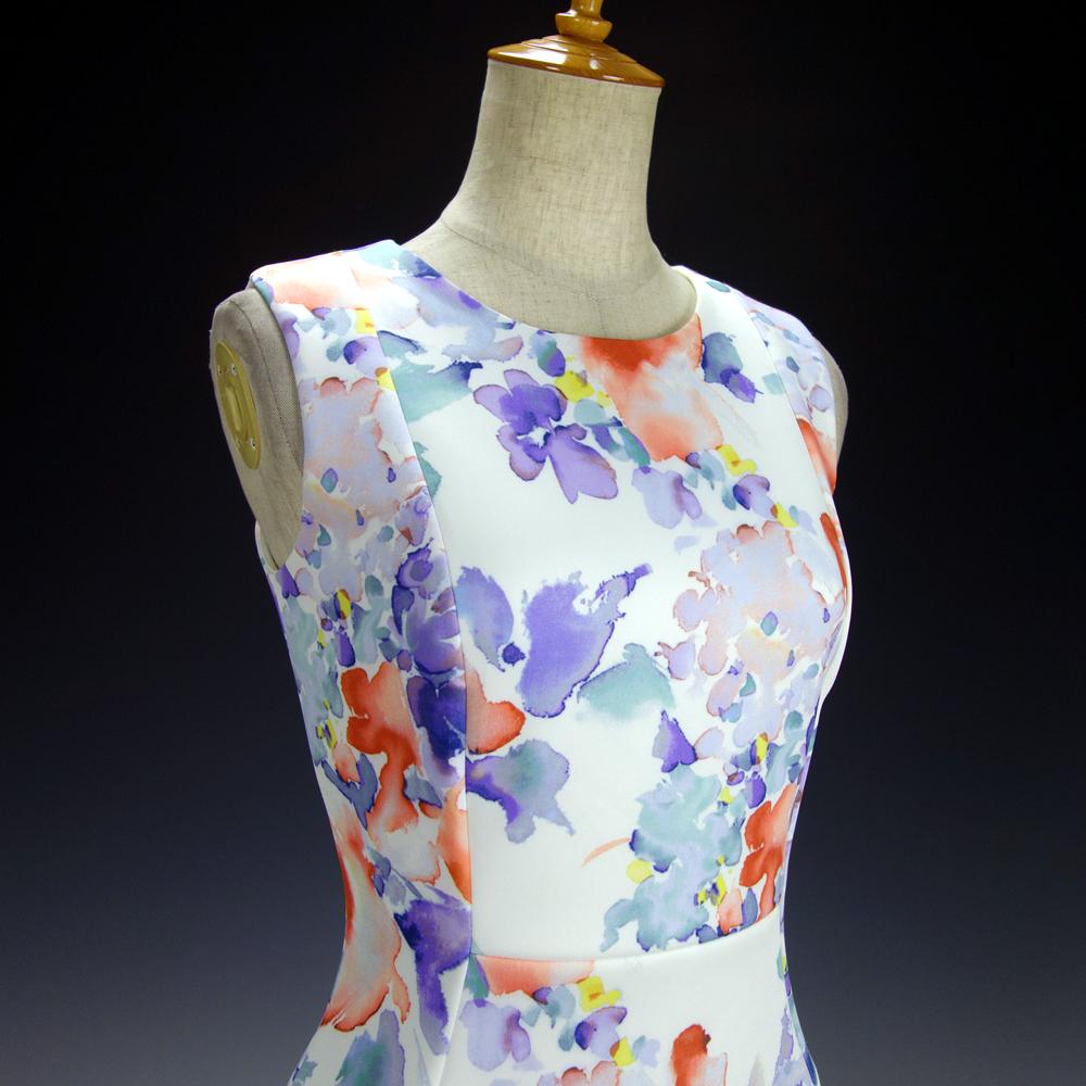 新品カルバンクライン6P/9号 白 薄紫 青 オレンジ 水彩画の花柄 ノースリーブワンピースドレス29J2614_画像4