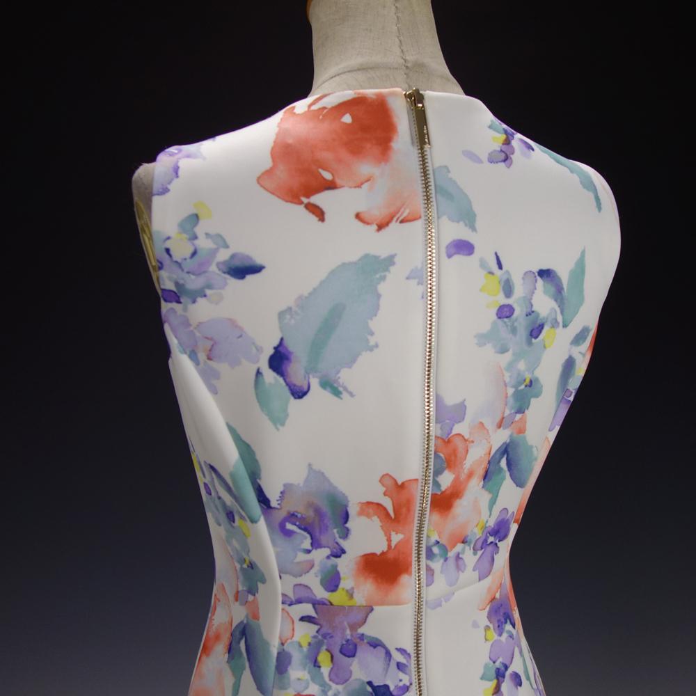 新品カルバンクライン6P/9号 白 薄紫 青 オレンジ 水彩画の花柄 ノースリーブワンピースドレス29J2614_画像7
