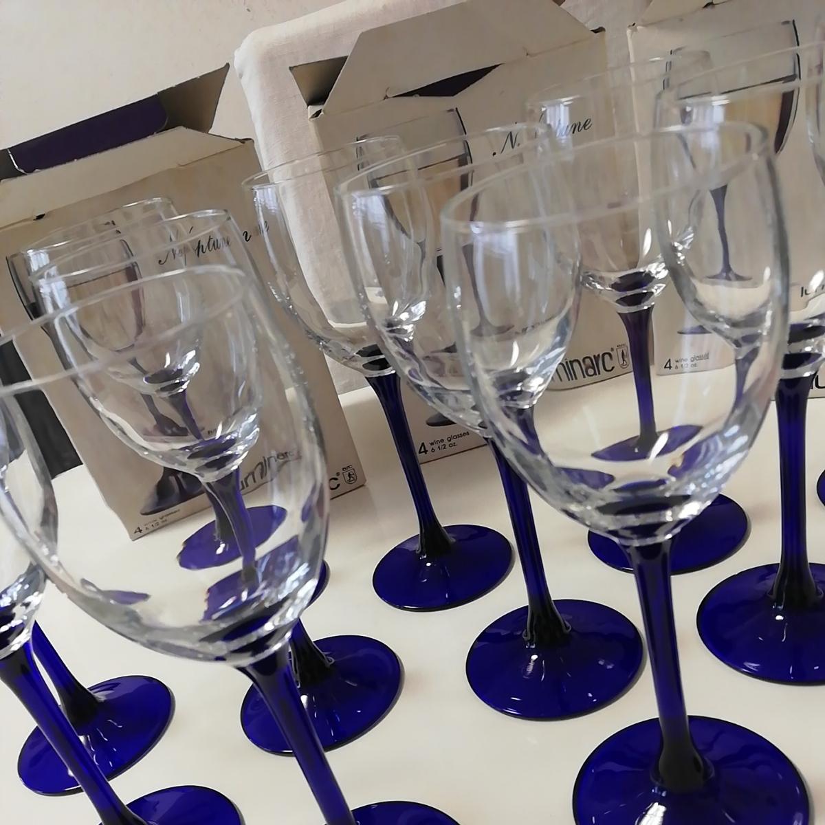 ●新品 ワイングラス ブルー フランス製 リュミナルク グラス 12客 luminarc 店舗お店飲食店に FRANCE 足付脚付 ゴブレット●大量セット_画像5