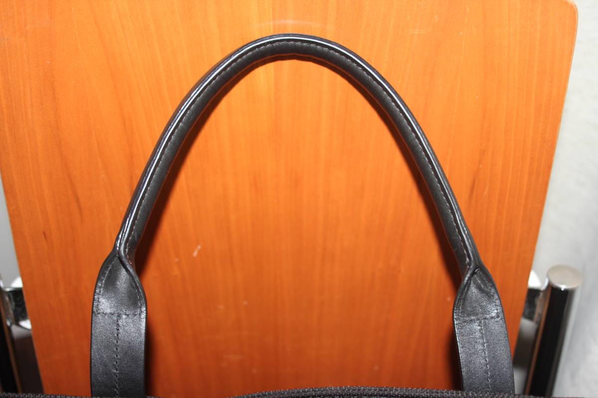調整できるハンドルで肩掛け可能★TUMIトゥミ★「Style 22157」コンパニオントートバッグ★ビジネスブラック★とてもキレイな状態です♪_画像8
