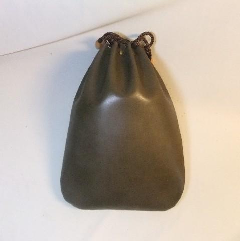 革製信玄袋 牛革スムース・オリーブ 2ポケット