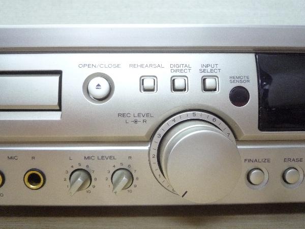 ティアック TEAC☆RW-800 CDレコーダー リモコン付き☆CD再生可 ほか未チェック ジャンク品_画像3