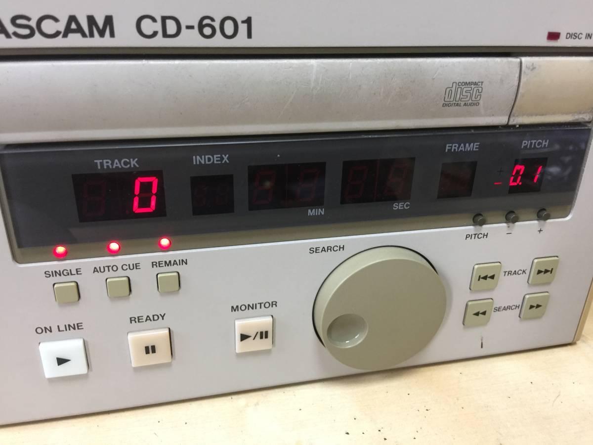 TASCAM タスカム CD-601 業務用 CDプレーヤー プロ用 CDデッキ リモコン付 RC-601 ジャンク 放送局 スタジオ向け_画像2