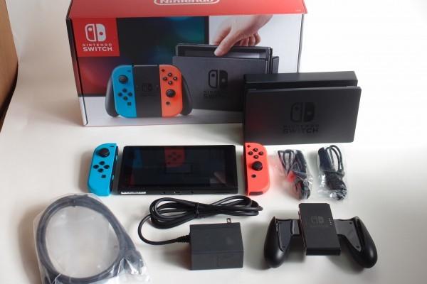 Nintendo Switch ニンテンドースイッチ 【Joy-Con (L) ネオンブルー/ (R) ネオンレッド】 送料無料