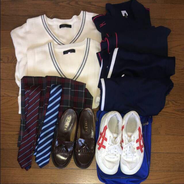 神奈川県私立 横浜商科大学付属高校 制服_画像3
