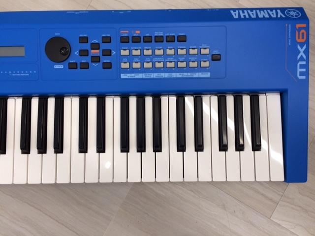 YAMAHA キーボード・シンセサイザー MX61 (ブルー)_画像4