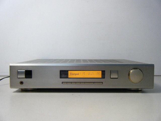 1ら68●動作品!ONKYO オンキョー R-100 AM/FMチューナー 薄型プリメインアンプ _画像2