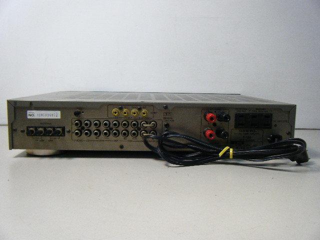1ら68●動作品!ONKYO オンキョー R-100 AM/FMチューナー 薄型プリメインアンプ _画像6