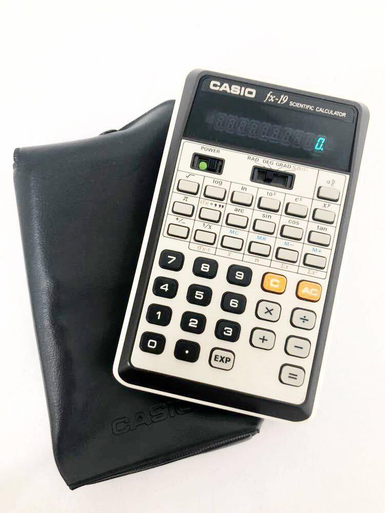 620h1 レア! CASIO カシオ 関数電卓 DX-19 scientific calculator 計算機 電卓 関数 分数計算 通電確認済み 1976年 昭和レトロ 希少 !