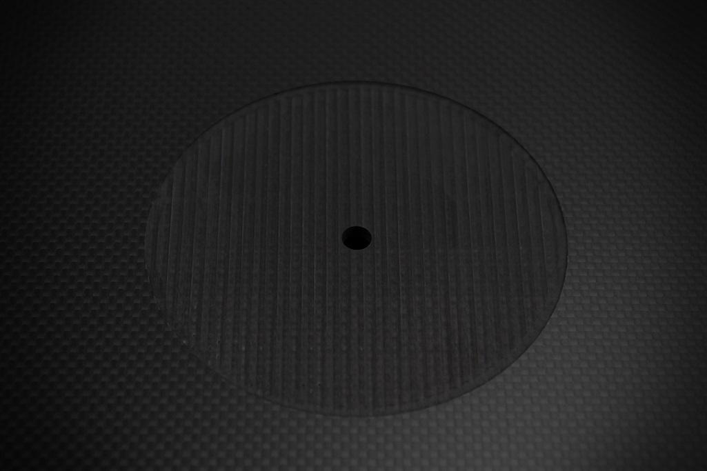 4061 ★特注品 ドライカーボン製 肉厚ターンテーブルシート 4mm厚 レコード スリップマット CFRP プレー ボード 炭素繊維 LP EP ♪1123_画像3